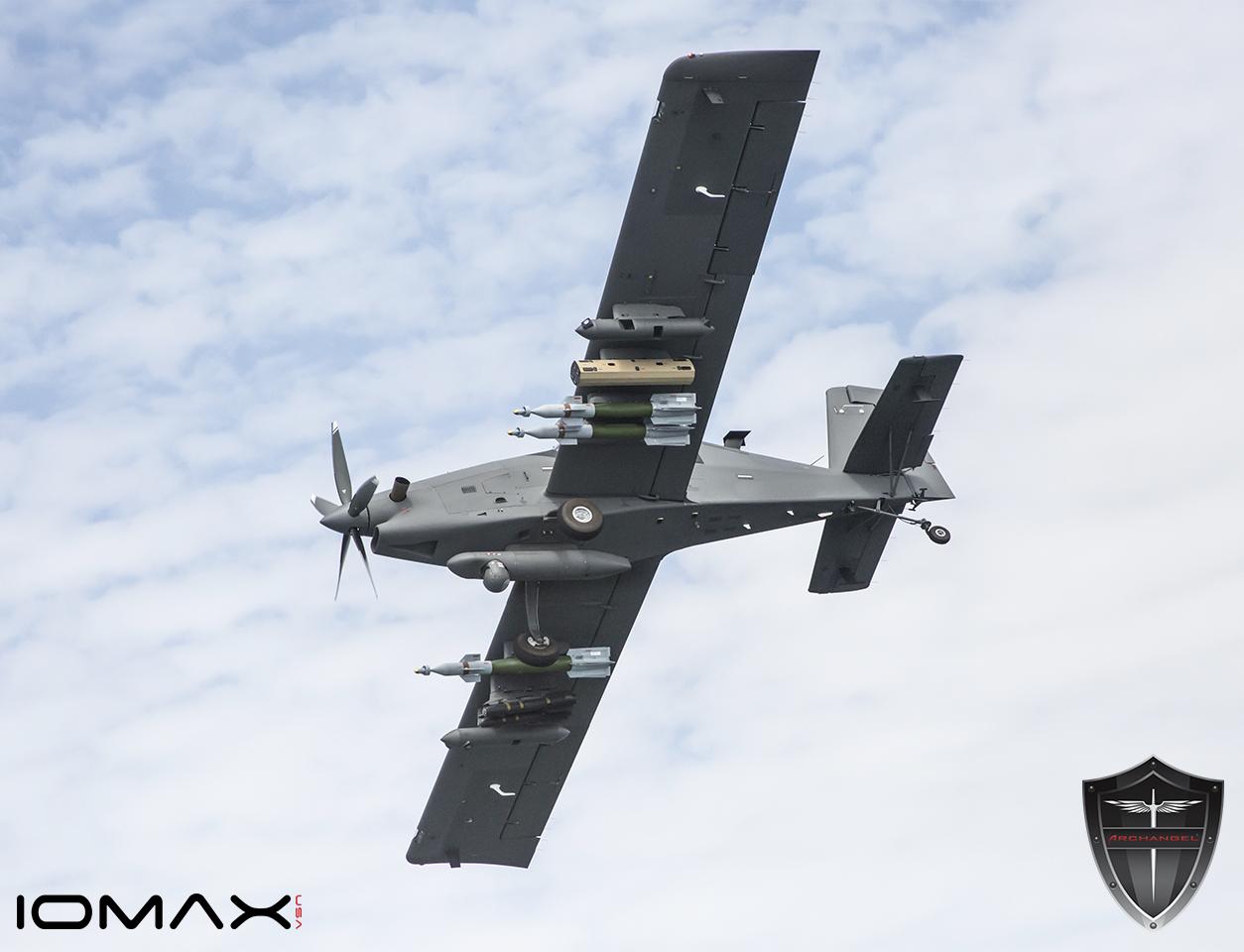 شركة IOMAX  تسرع لإتمام صفقة بيع 10 طائرات Archangel لمصر Press_Photo_005